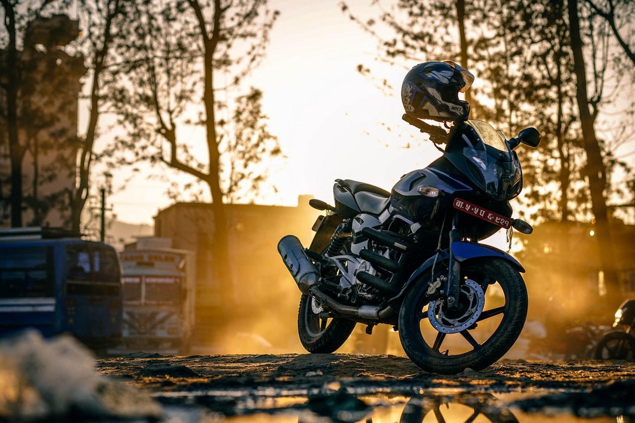Motorcykel en vintermorgon